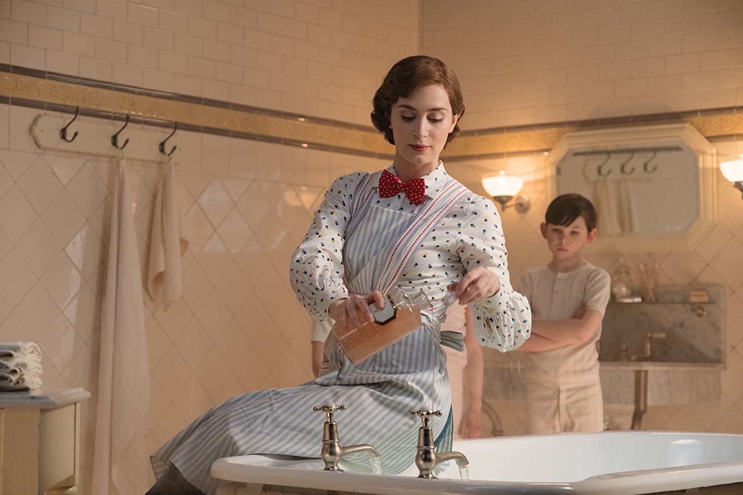 <em>Mary Poppins Returns</em>:    <br/>A Film As Polished As Poppins Herself